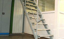 pramoniniai laiptai